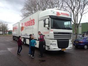 Passies Internationale verhuisbedrijf vrachtwagen.